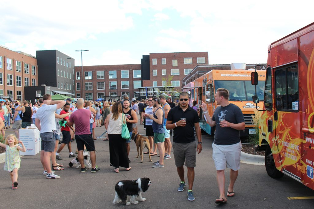 Attendees enjoy the 2016 Meals on Wheels Food Truck Rally