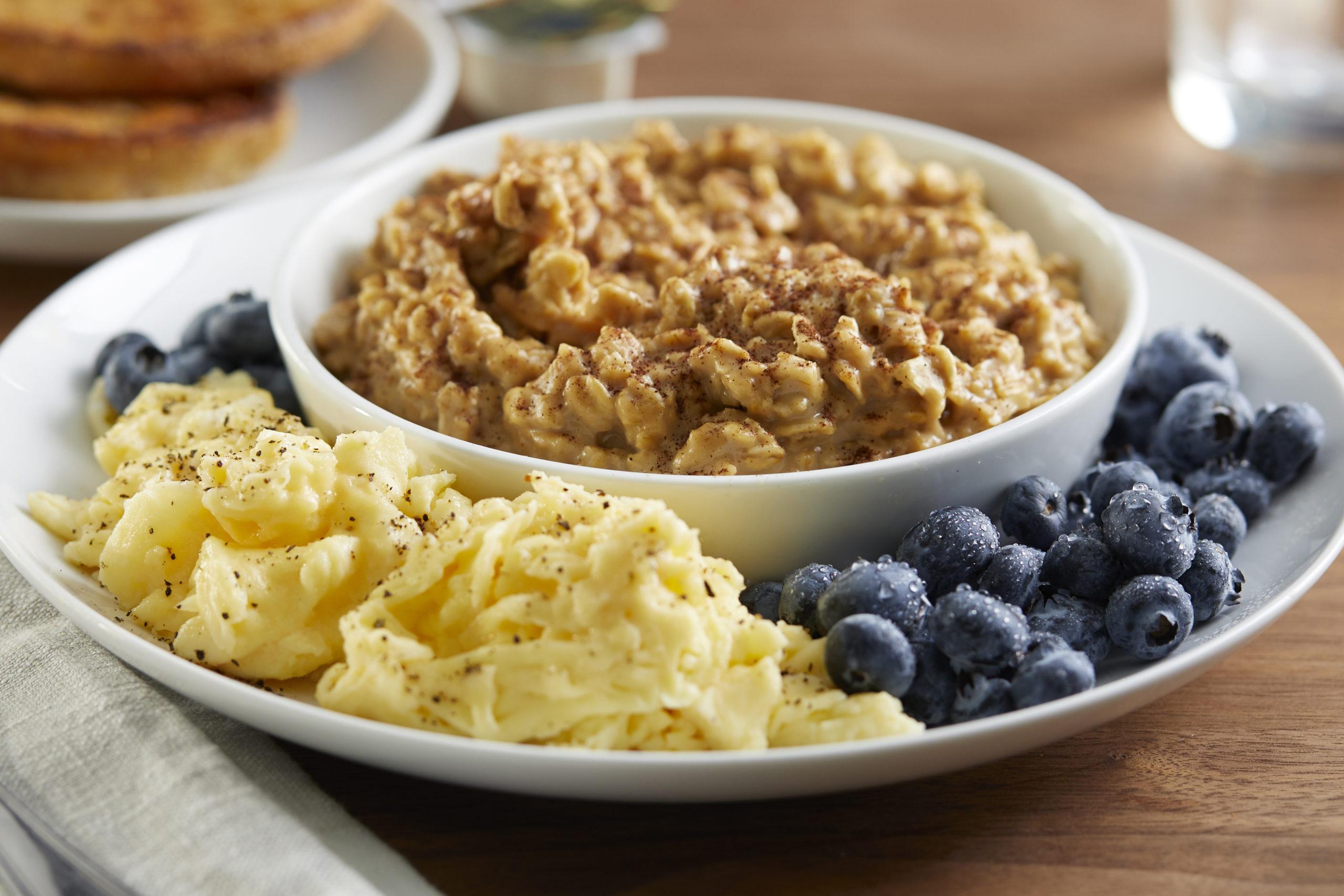 Peanut Butter Blueberry Oatmeal